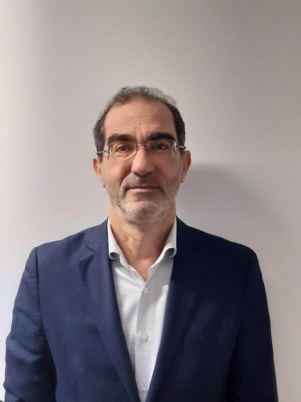 Dr. Maurizio Petrillo